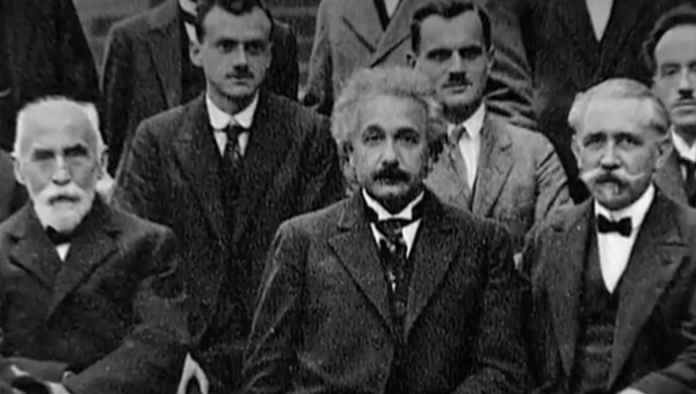 Einstein vs Bohr : deux visions opposées du monde